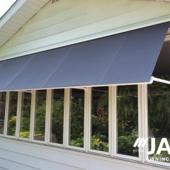 milton-retractable-awning