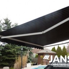 Retractable-Awning10