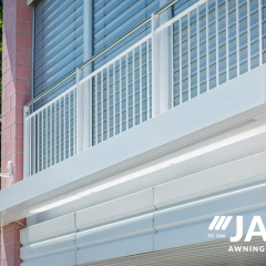 Retractable-Awning13