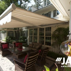 Retractable-Awning18