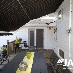 Retractable-Awning22