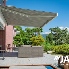 Retractable-Awning6