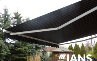 retractable awning by Jans
