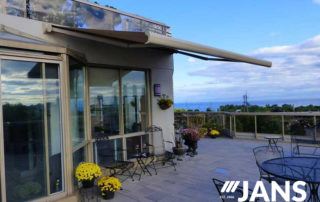 outside dining awning
